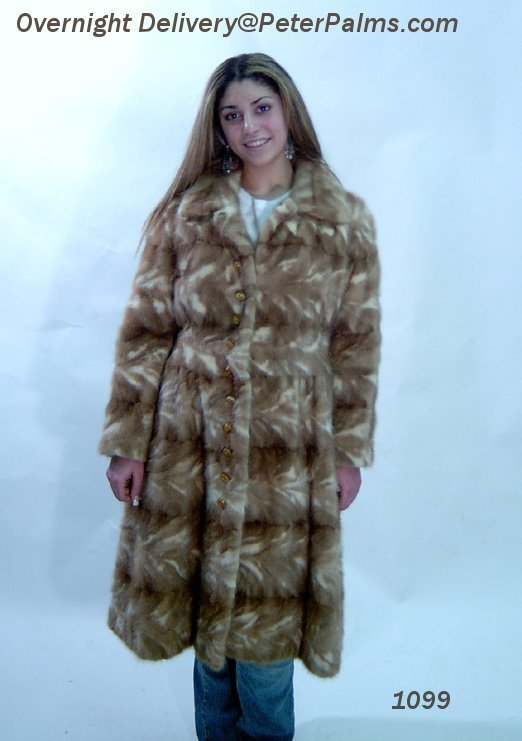 Short of merchandise? 1000 Fur Coats Wholesale from factory