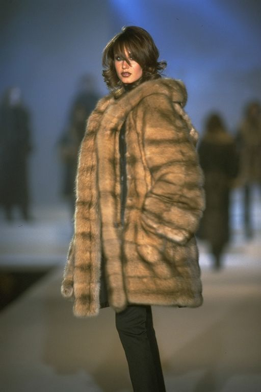 Russian women in fur coats removed